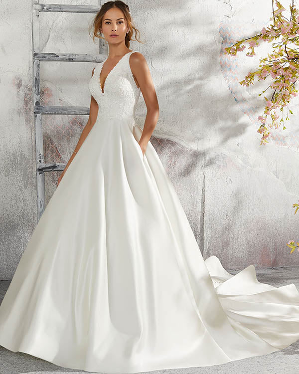 Delicate 2018 Lace Wedding Dresses V Neck Satin Ball Gown Simple
