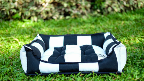 SMALL Luxebed - Black and White Stripes