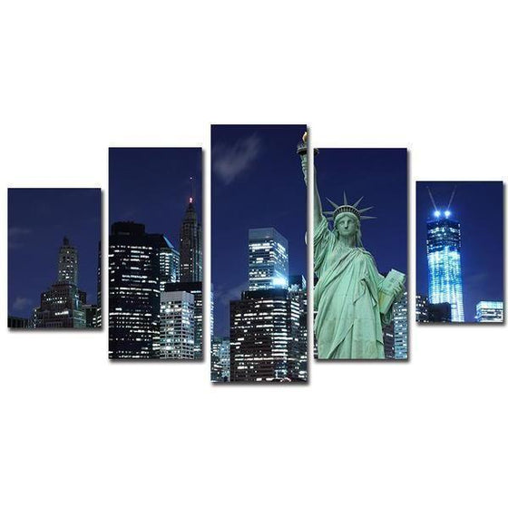 Statue Of Liberty In New York City Canvas Wall Art