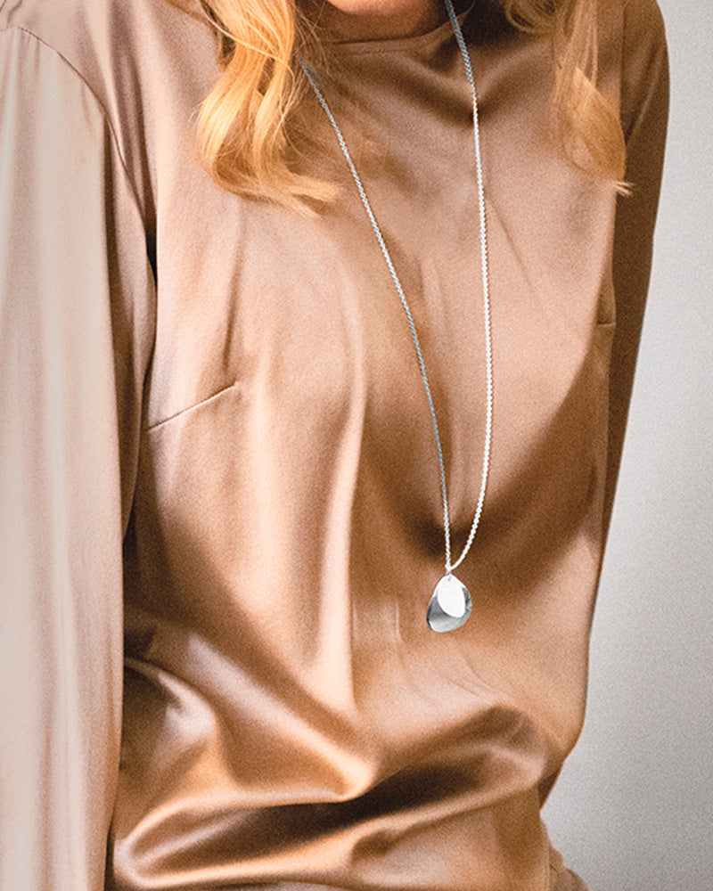 Lakeside Single Necklace Long