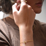 Le knot drop bracelet gold