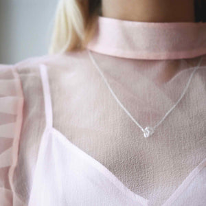 Le Knot Necklace