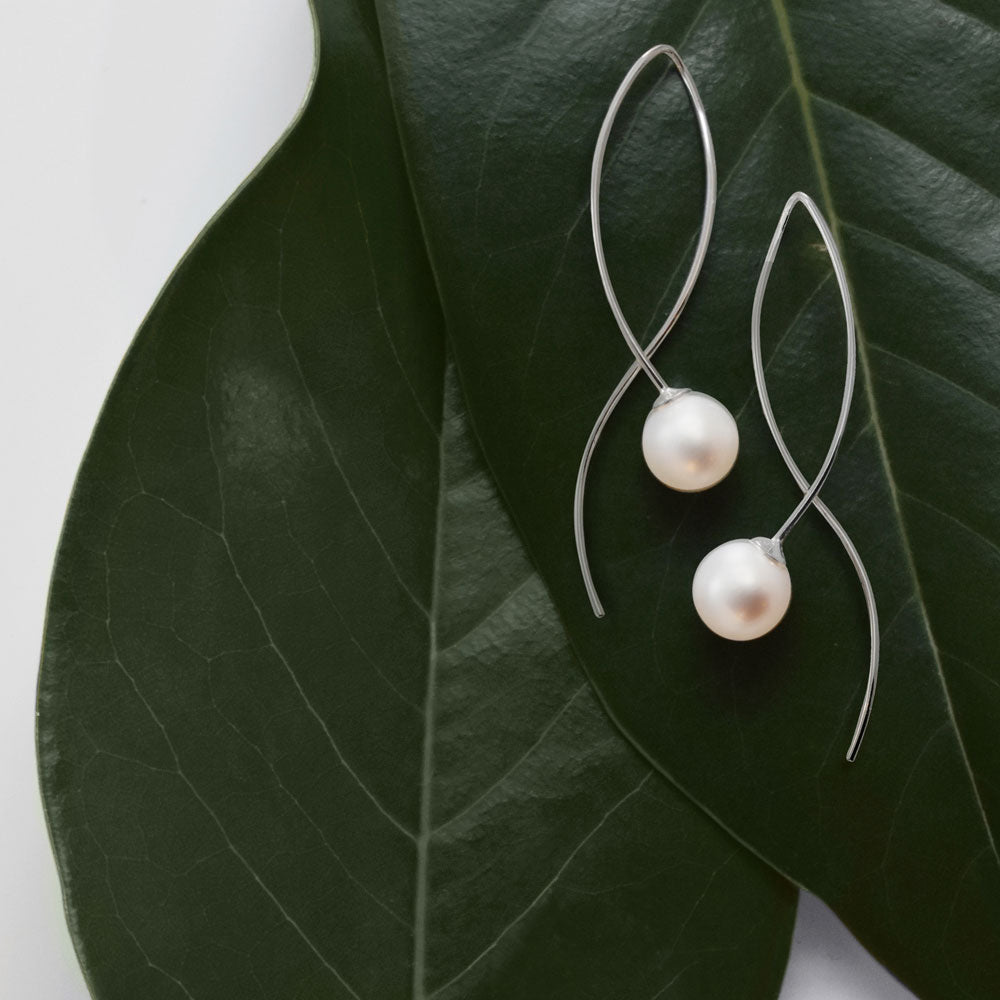 Le Pearl Earrings