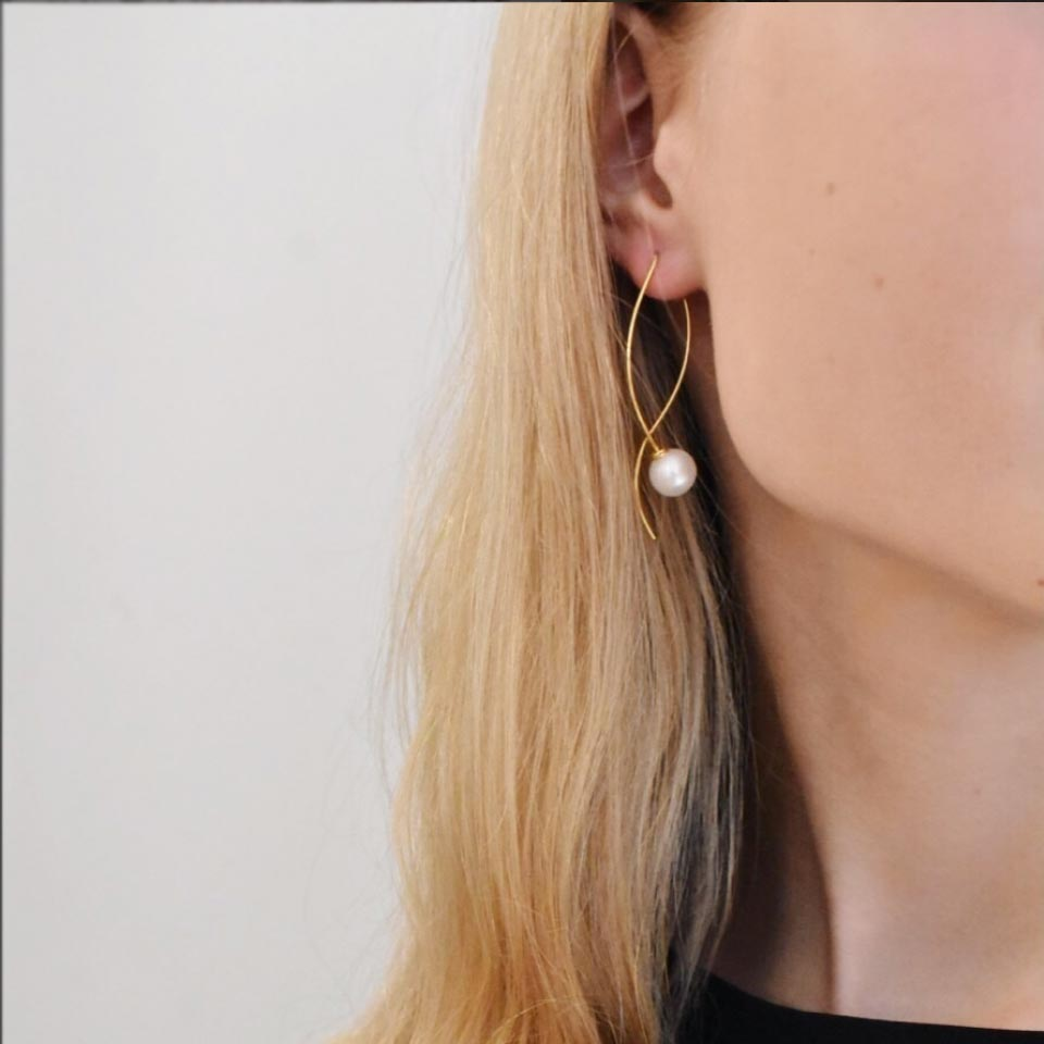 Le Pearl Earrings Gold