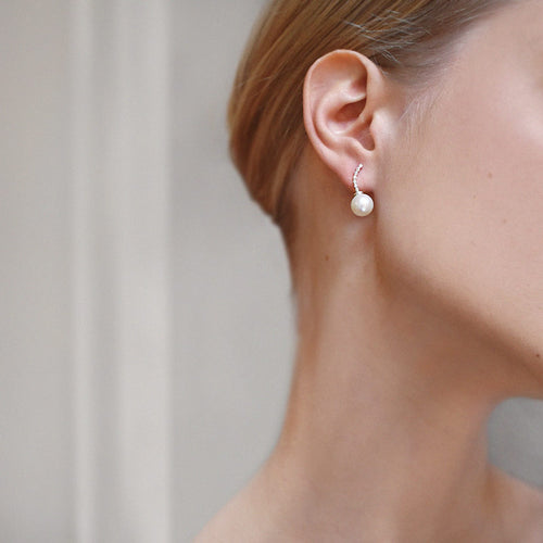 Le Pearl Studs Diamonds