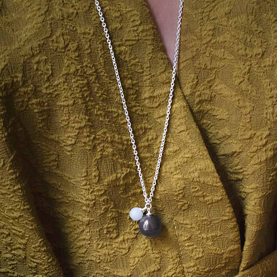 Moon Single Necklace Long