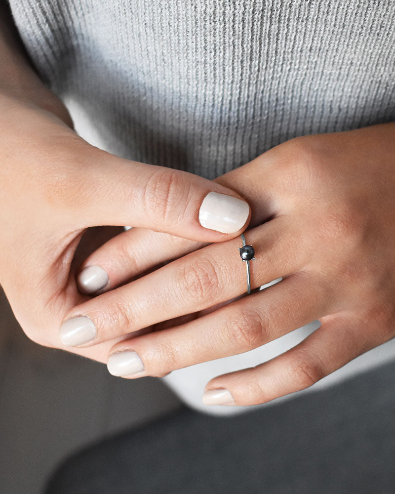 Petite Pearl Midnight Ring