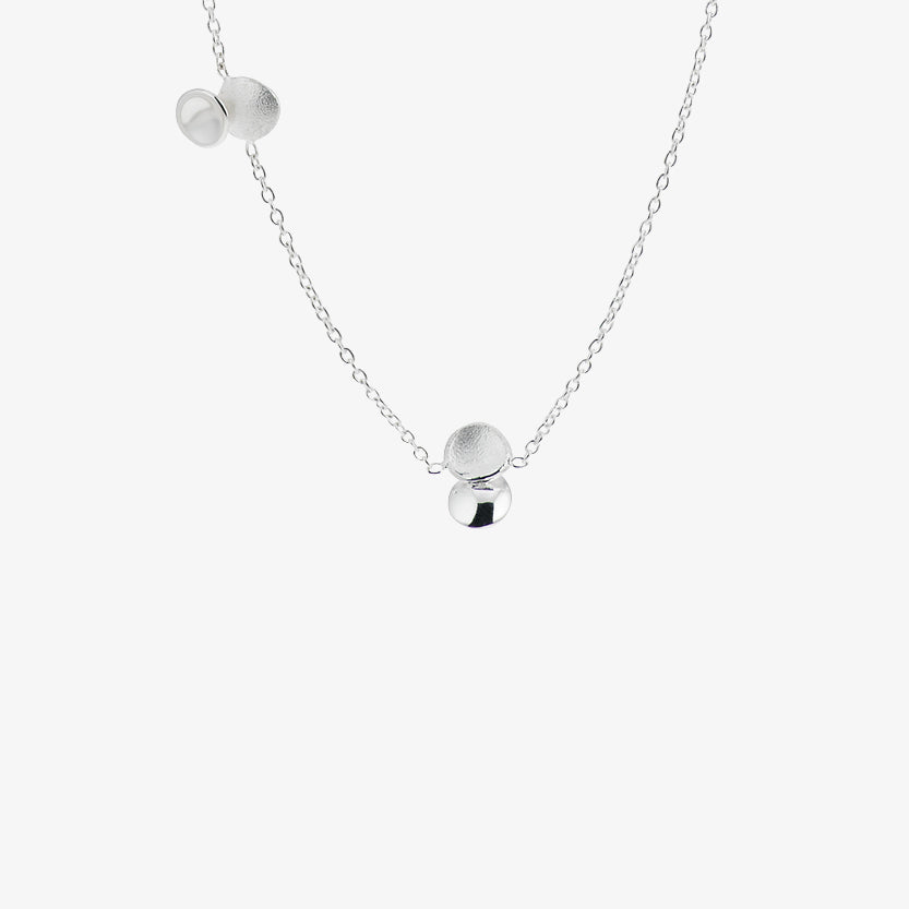 Rocky Shore Medium Necklace