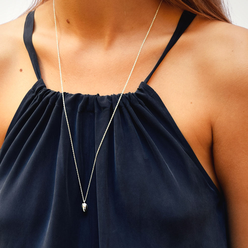Rosebud Single Necklace Long