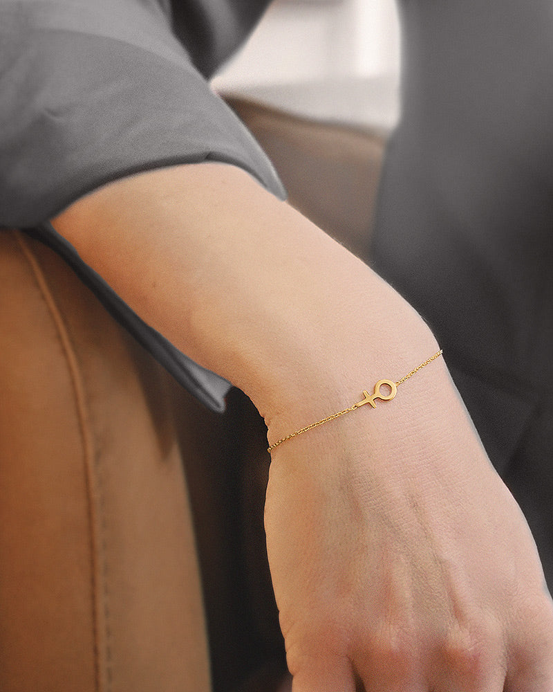 Women Unite Small Bracelet Gold
