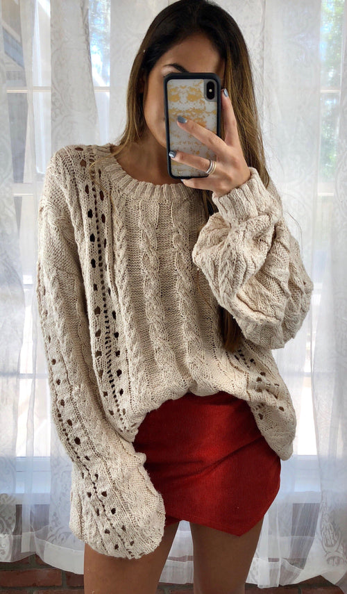 RAELYN OVERSIZED SWEATER - elbie boutique, LLC