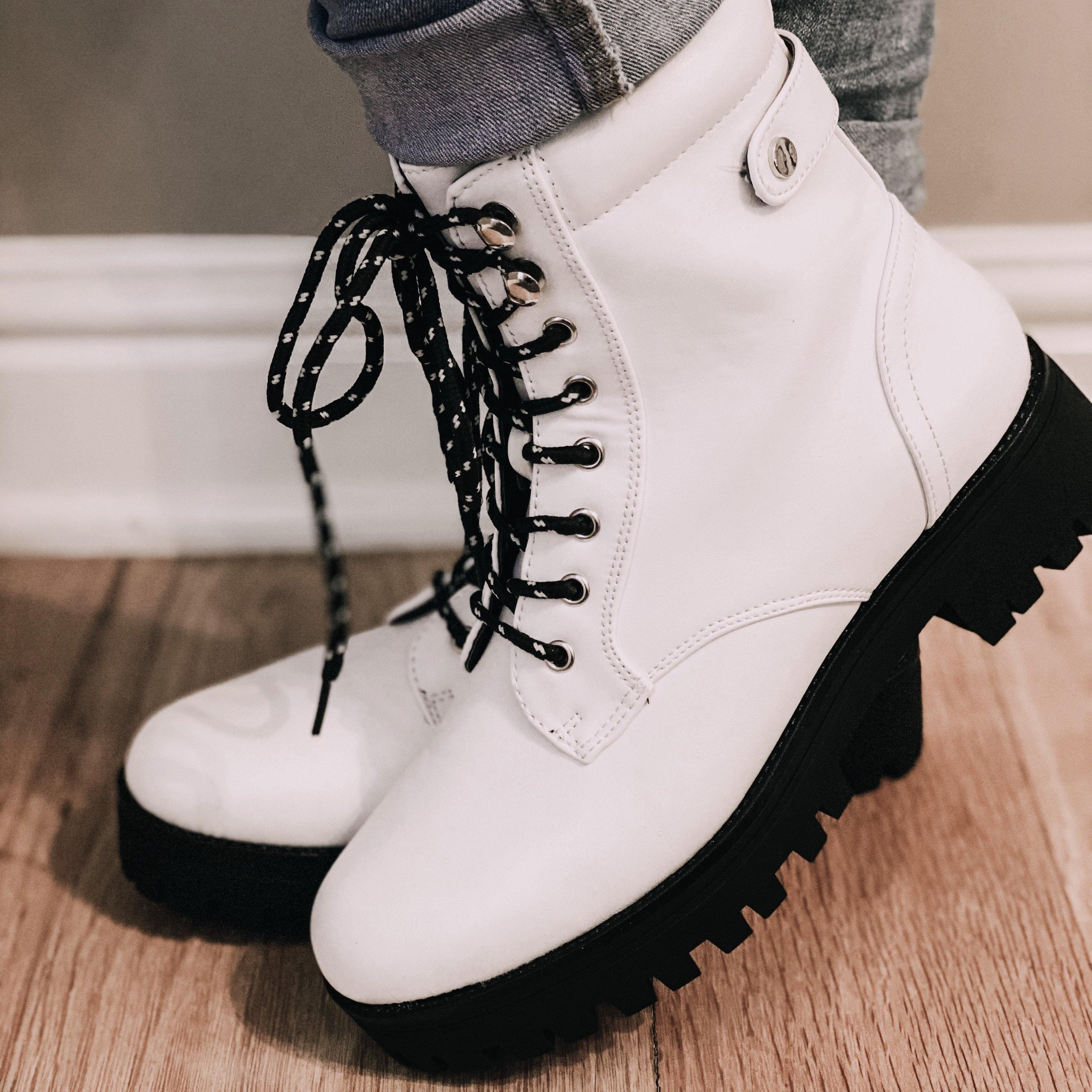 LUG SOLE LACE UP COMBAT BOOTS