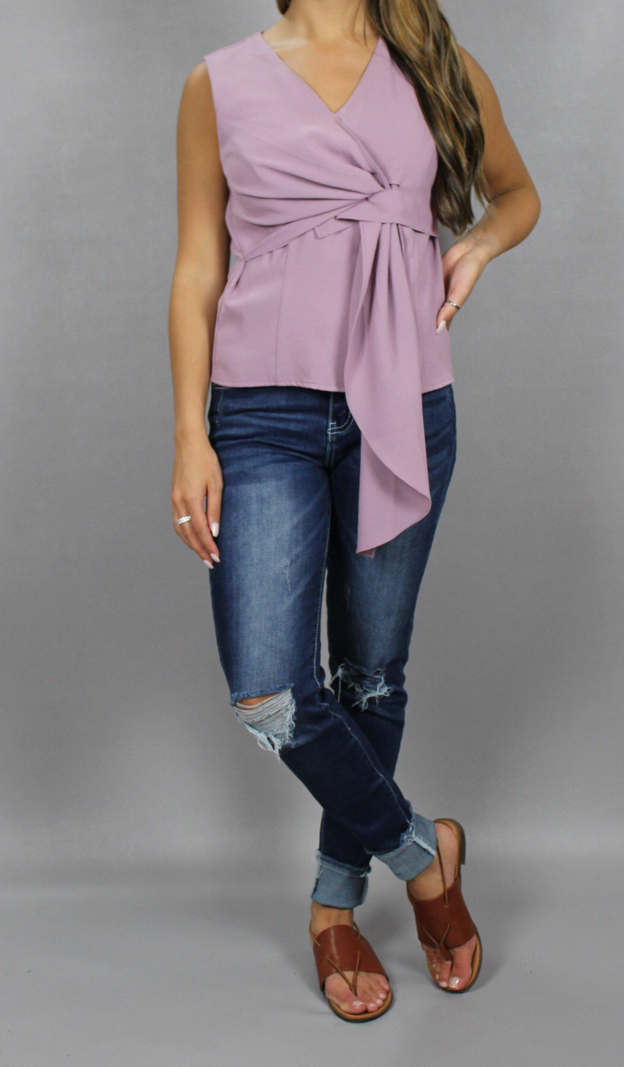 MELODY SLEEVELESS TOP