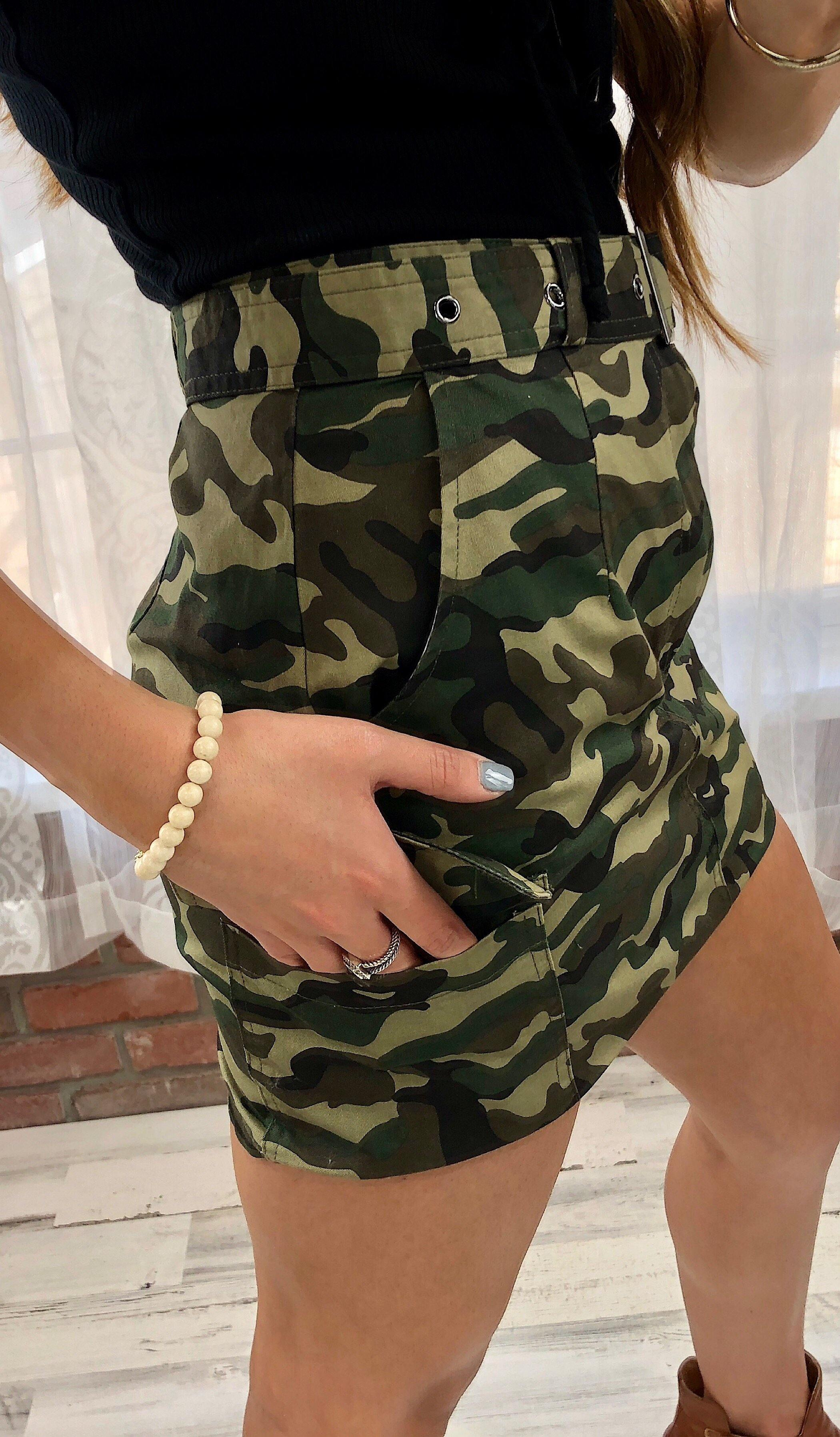 BELTED CAMO SKIRT - elbie boutique, LLC