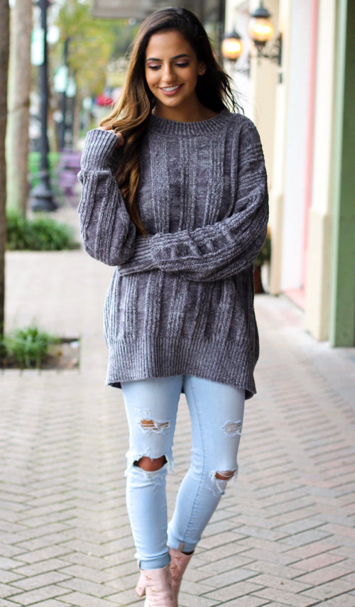 LUNA OVERSIZED SWEATER - elbie boutique, LLC