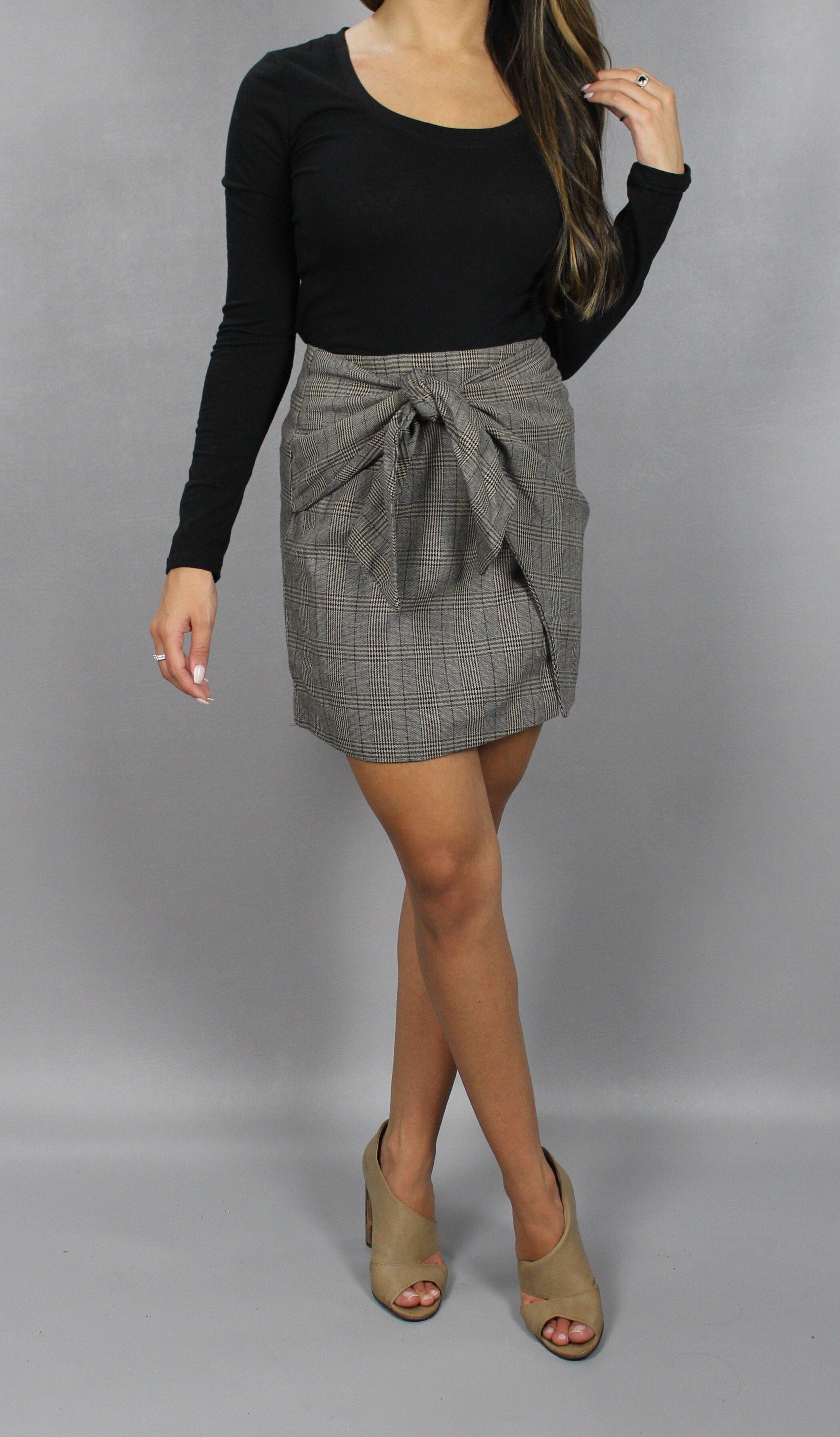 KNOT FRONT WRAP SKIRT