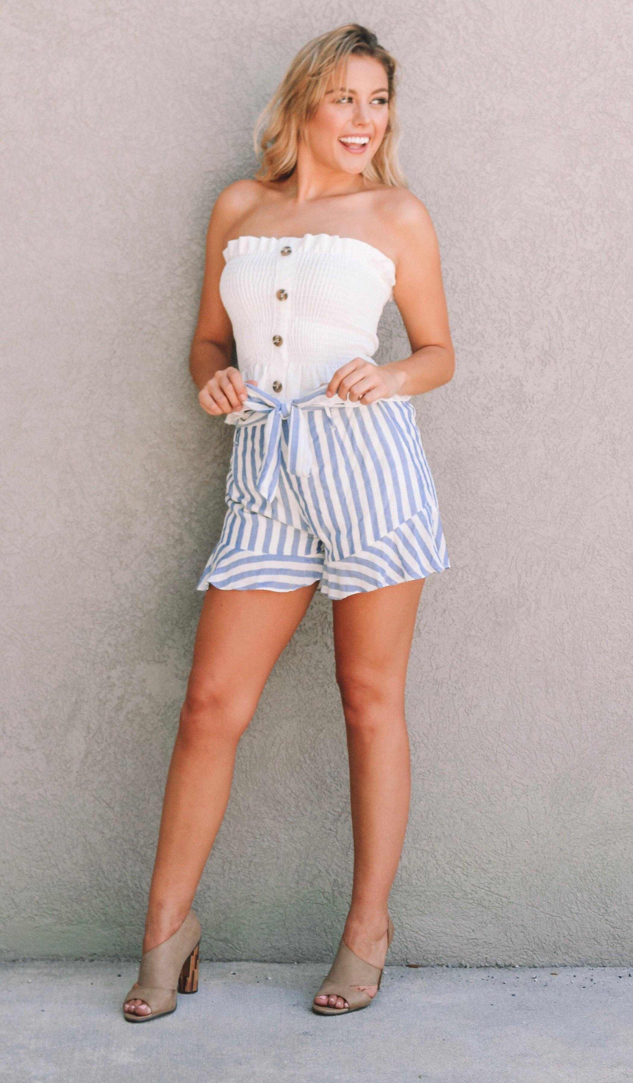 BRINLEY STRIPE SHORTS - elbie boutique, LLC