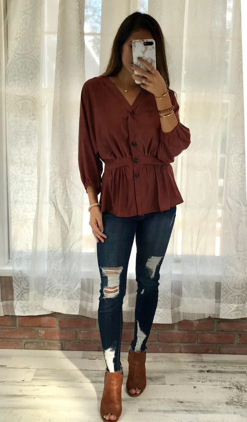 BRITTANY SATIN TOP - elbie boutique, LLC