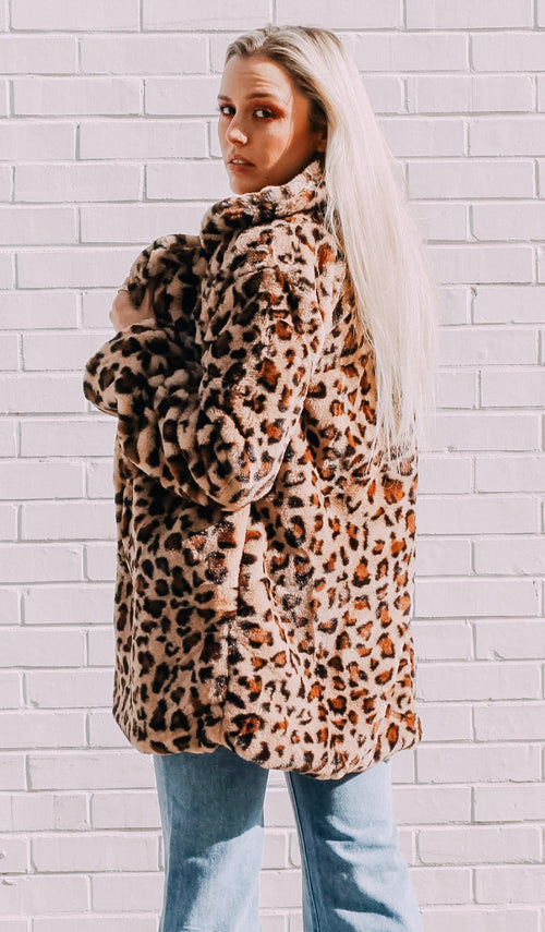 LEOPARD PRINT FAUX FUR COAT - elbie boutique, LLC
