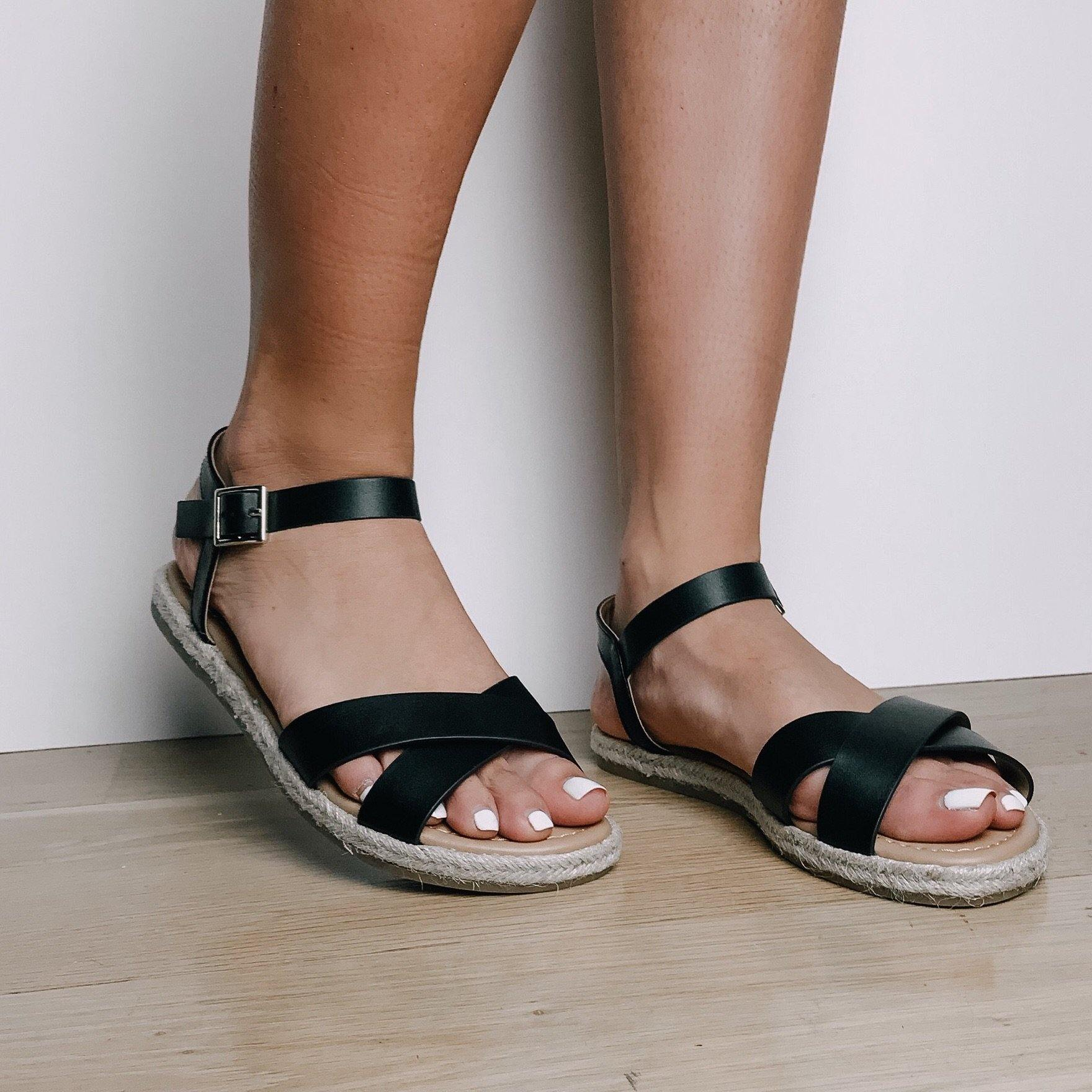 CADDIE BLACK CRISS-CROSS SANDALS - elbie boutique, LLC