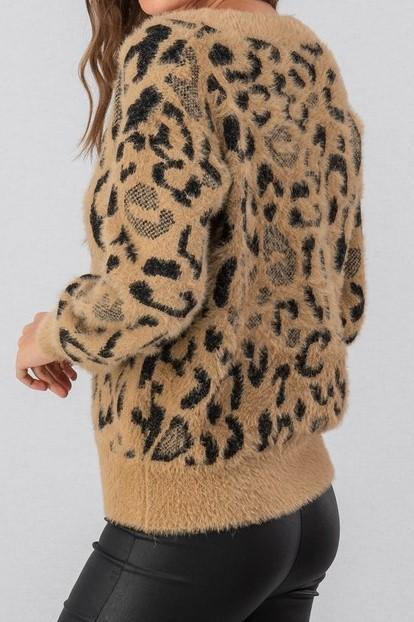 LIVING THE  DREAM LEOPARD SWEATER
