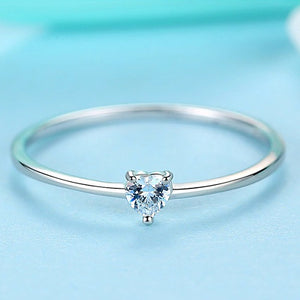 Classy Women 0.25ct heart engagement ring