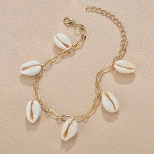Gold seashell charm ankle chain
