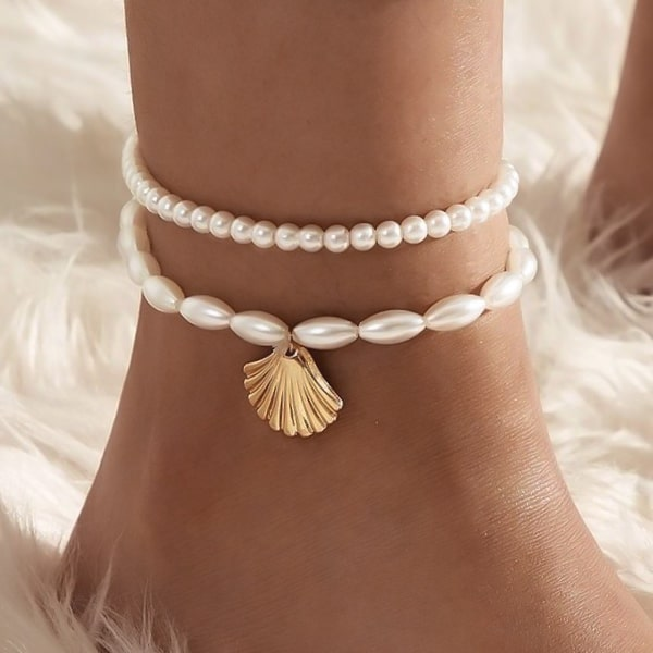 Pearl anklet set with gold shell charm