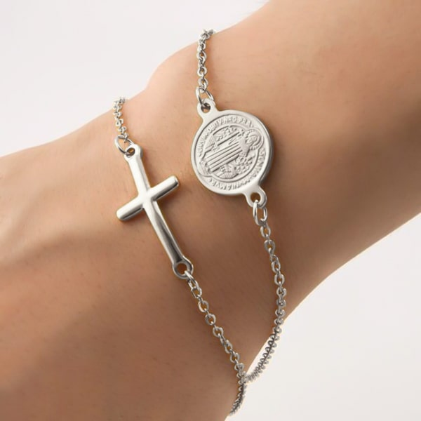 Silver cross chain bracelet
