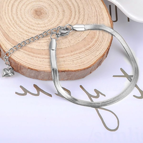 Silver snake chain bracelet close up details