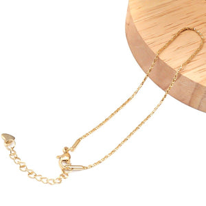Simple gold chain anklet display