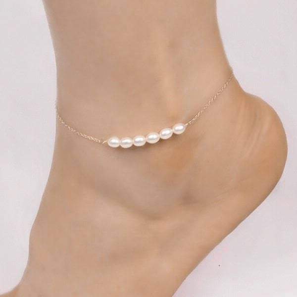 Sterling silver pearl ankle bracelet with white freshwater pearls