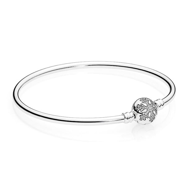 Sterling silver snowflake bangle bracelet