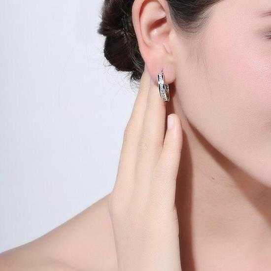 Classy Women Small Hoop Earrings | Earrings - Classy Women Collection