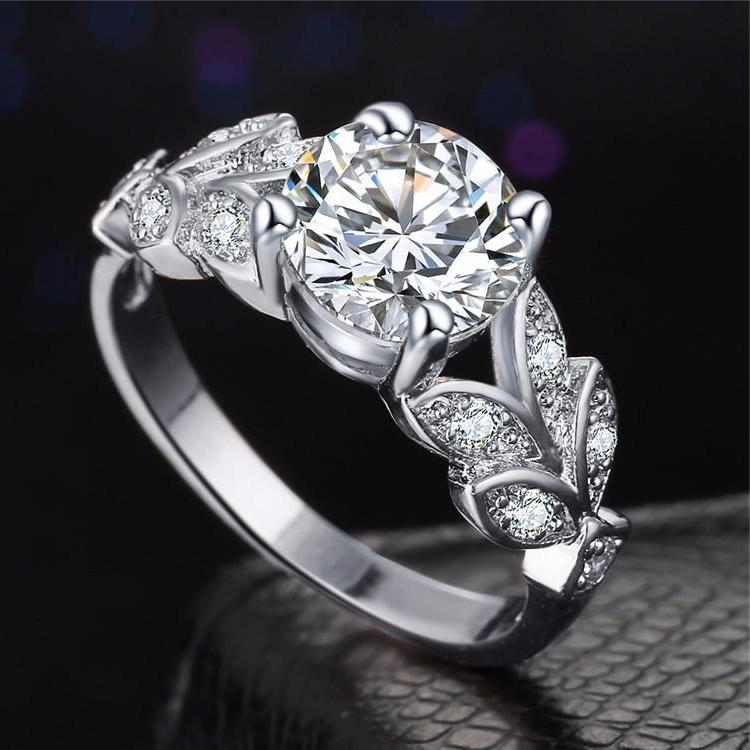 Classy Women Luxe Flower Ring | Ring - Classy Women Collection