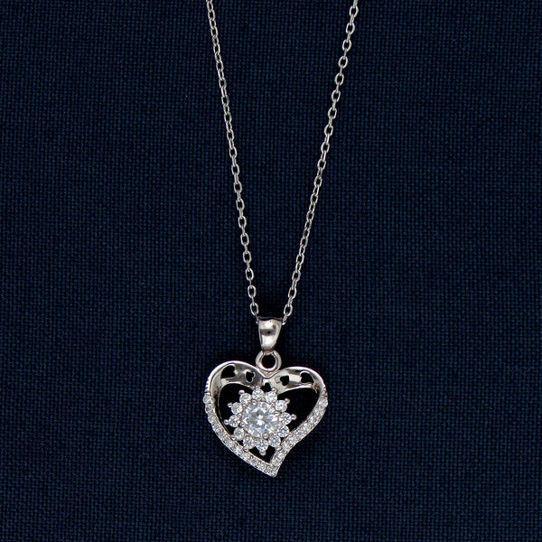 Heart Design with a Stone-Covered Decagram Silver Pendant Chain