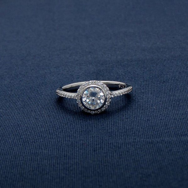 Silver Breathtaking Beautiful Diamond Ring