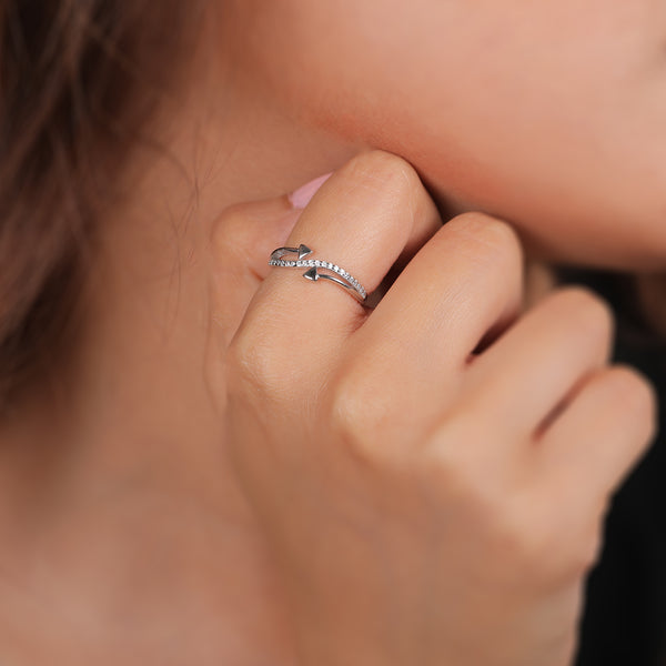 The Arrow Charm Ring