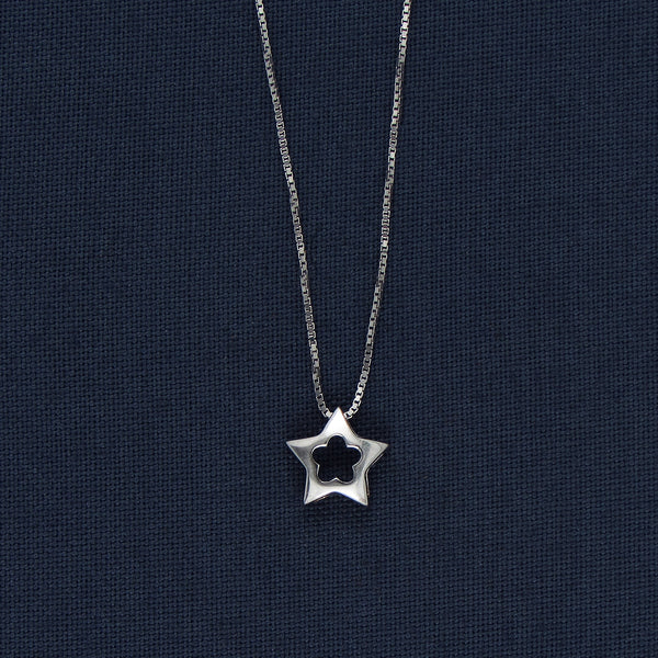 Star Shaped Flowery Sterling Silver Pendent Chain