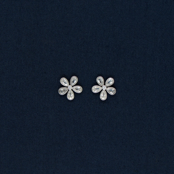 Flower Shaped Sterling Silver Earring