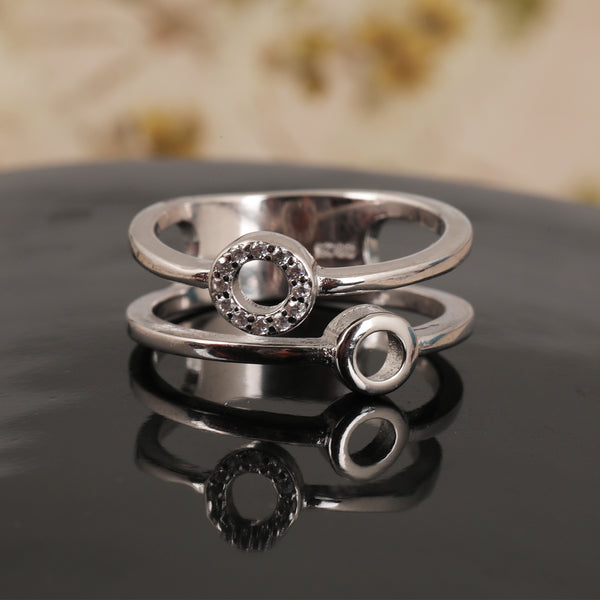 Duplet Grace Ring