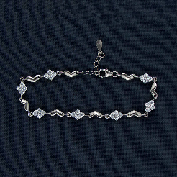 Mysterious Hearts With Uncanny Diamonds Sterling Silver Bracelet