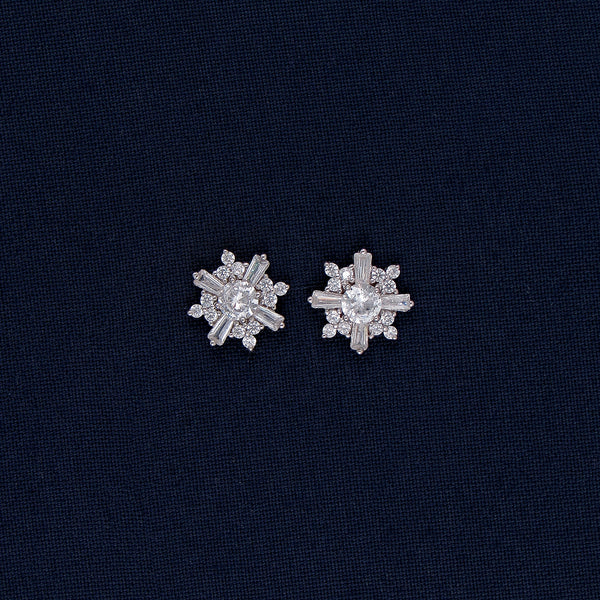 Full Bloomed Flower Sparkling Stud Earrings