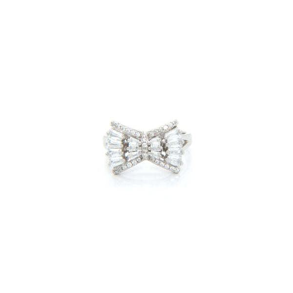 Bowtie-Shaped Silver Ring with Sparkling Stones