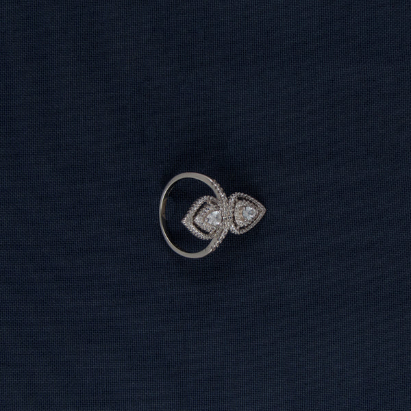 Intertwining Pear-shaped Silver Ring