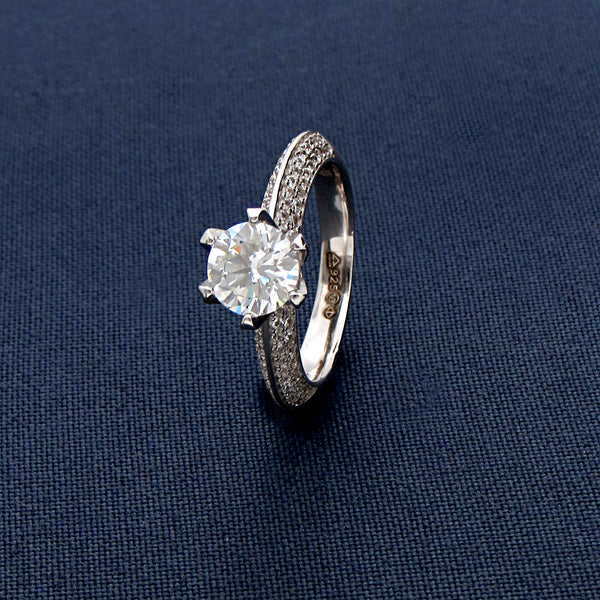 Classic Round-cut Sterling Silver Ring