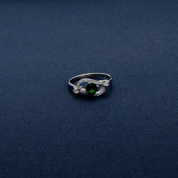 Silver Eye-shaped Ring with Green Stone