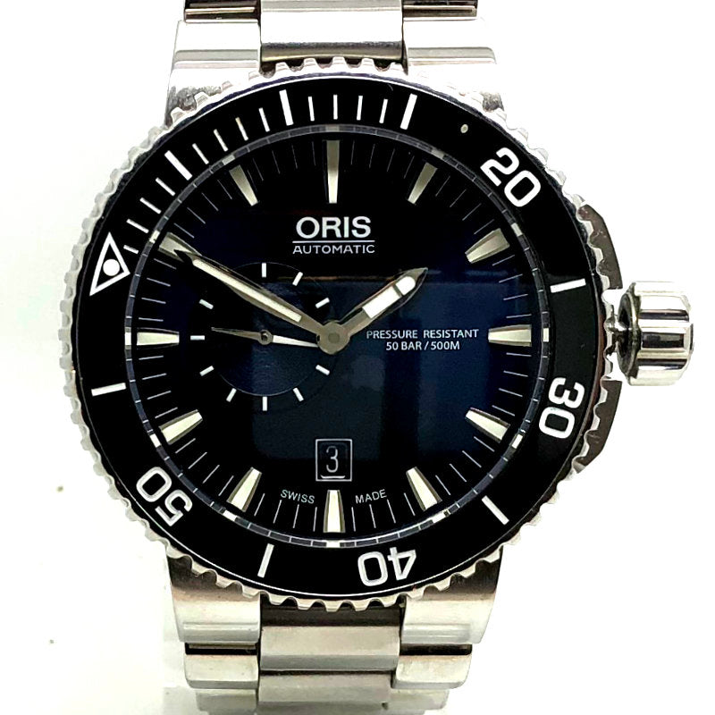 Oris Aquis Small Seconds Date