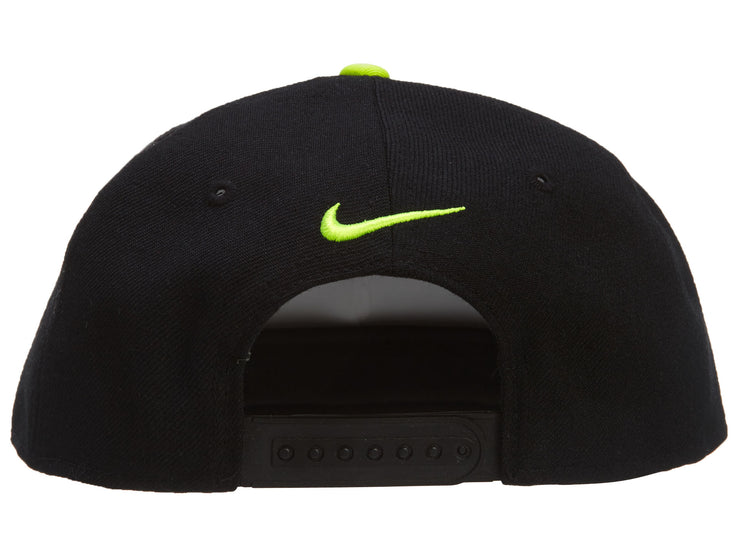 QT AMAO THE NIKE TRUE SNAP BACK Style# 525294