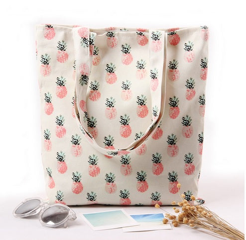 Pineapple-Printed Handbag For Beach And Shopping